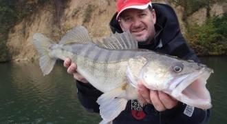 Pêche des carnassiers sur le lac de Castelnau-Lassout-Lous