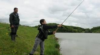 Father & son fishing day in Cantal