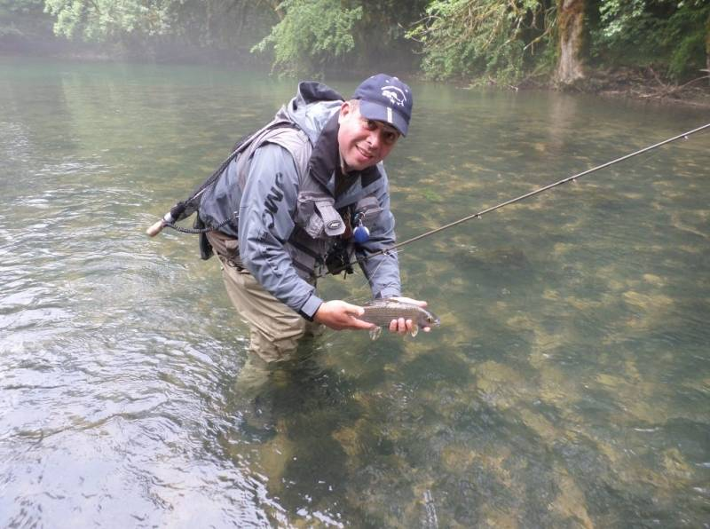 Fly fishing initiation and improvement in Doubs