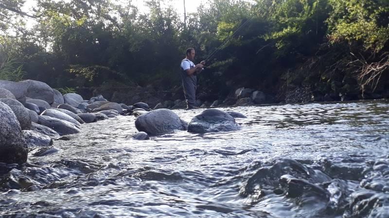 Pêche de la truite aux appâts naturels dans les Hautes-Pyrénées