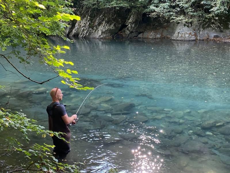 Pêche de la truite aux leurres dans les Hautes-Pyrénées
